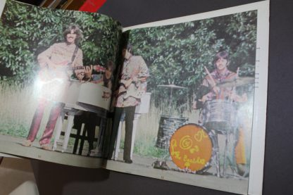 Beatles Magical Mystery Tour 4